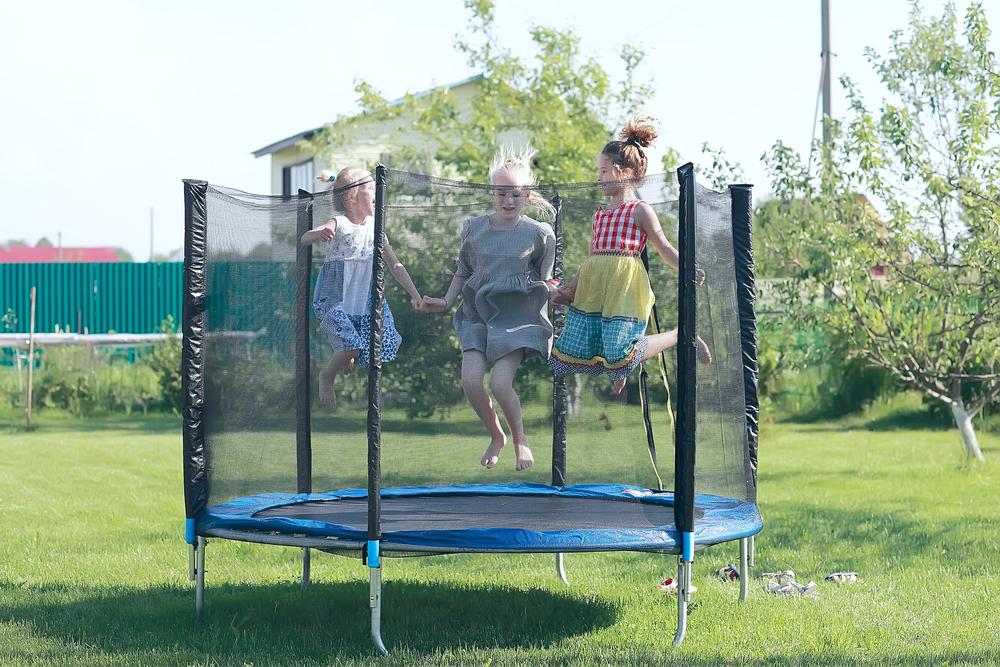 Find en trampolin på tilbud og andre gode ideer til at komme i form